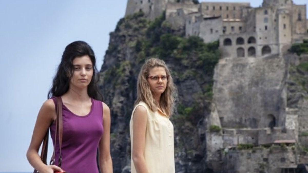'L'amica geniale', tornano Elena e Lila: avere 16 anni, il secondo capitolo della loro vita è difficile