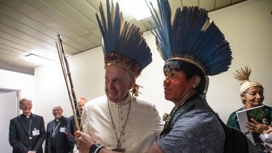 "Francesco ai vescovi Usa: ""Nessuna svolta sui preti sposati"""