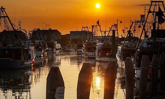 Una piccola Venezia peschereccia: Caorle, bella anche d'inverno