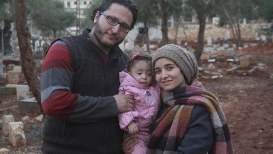 'Alla mia piccola Sama', una mamma e una figlia sotto le bombe di Aleppo