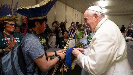 Preti sposati, da papa Francesco nessuna apertura nell'esortazione 'Querida Amazonia'