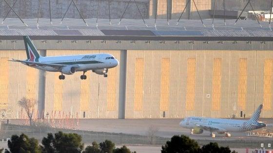 Alitalia, chiusa inchiesta sulla gestione: ci sono 21 indagati eccellenti