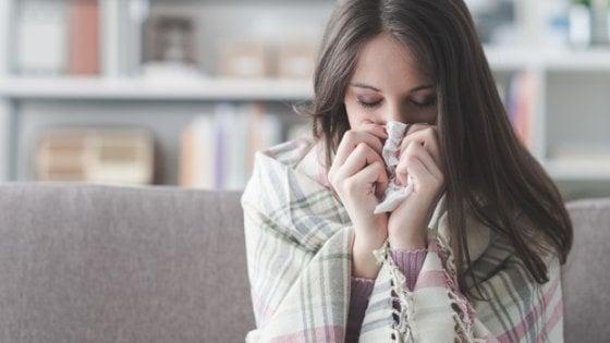 Coronavirus, in Italia fa più danni l'influenza. Ma il timore del virus ci rende più attenti