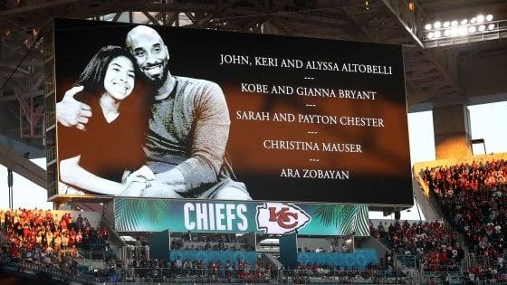 Basket, funerale privato per Kobe Bryant e la figlia Gianna. Il 24 la cerimonia pubblica allo Staples Center