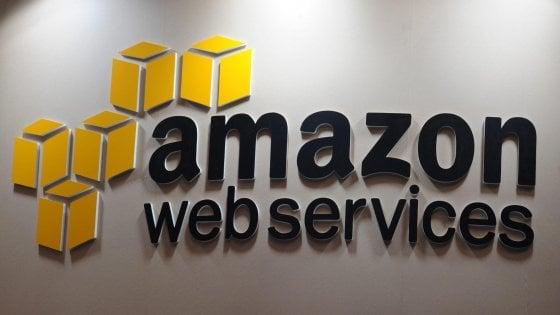 Usa, Amazon ottiene stop a maxi commessa del Pentagono affidata a Microsoft