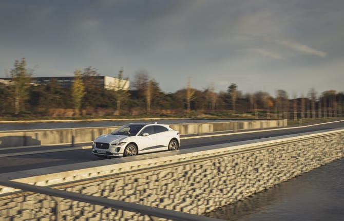 Jaguar Land Rover, due anni di produzione green