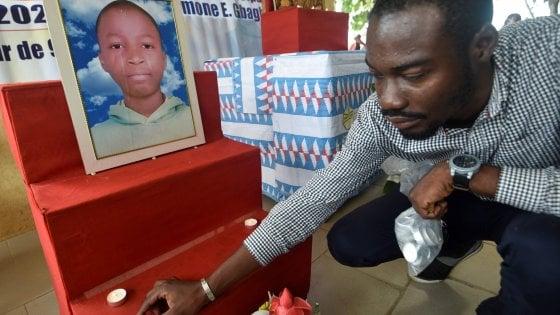 Costa d'Avorio, la famiglia di Laurent potrà andare a Parigi per riportare a casa la salma del figlio