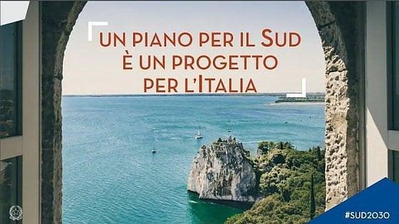 Gaffe del governo: nel manifesto del piano per il Sud c'è il castello di Duino (in Friuli-Venezia Giulia)