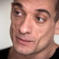 Fermato Pjotr Pavlenskij, l'artista russo che ha diffuso il video porno dell'ex candidato...