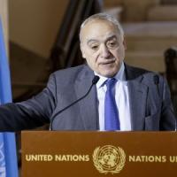 """Libia, inviato Onu: """"Attaccato il porto di Tripoli"""". Truppe Haftar: """"Distrutta nave turca"""""""