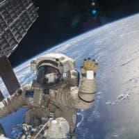 SpaceX, primi quattro turisti spaziali a bordo della Crew Dragon