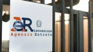 Rimborsi Iva 2020, polemica sull'Agenzia delle Entrate: chiede copia delle fatture