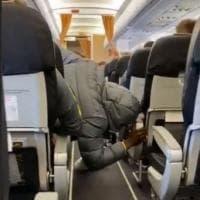 Inter, Lukaku ha paura delle turbolenze in aereo. E Candreva lo prende in giro