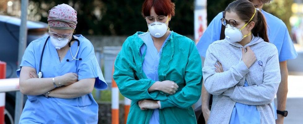 Coronavirus, pronto il test rapido. Cinesi in fila. Ma la Regione lo blocca