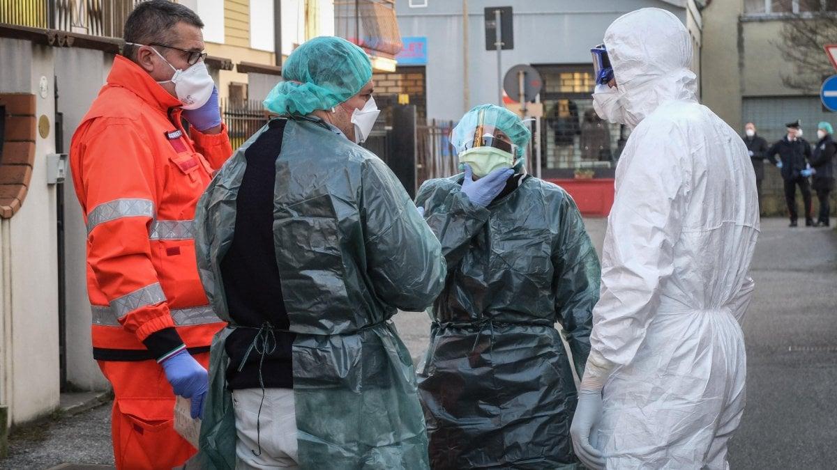 Coronavirus in Italia: oltre 100 infettati, in Lombardia sono 89. Oltre 50 mila persone in quarantena in 11 comuni