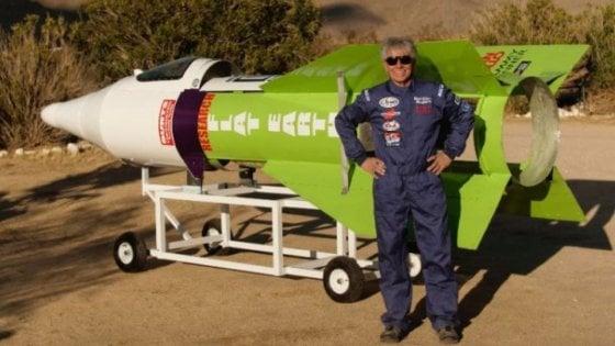 Usa, si schianta col suo missile: muore Mike Hughes, sostenitore della Terra piatta