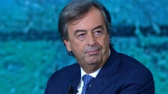 """Coronavirus, scontro tra virologi: Burioni attacca la collega del Sacco. Ilaria Capua: """"Non c'è da piangere né da ridere"""""""