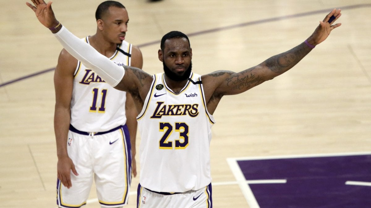 Basket, Nba: Lakers e Raptors a segno, Bucks da record: già qualificati ai playoff