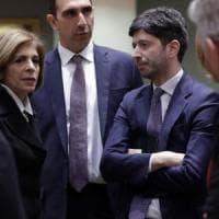 """Coronavirus, Speranza nomina Walter Ricciardi come consigliere e alle Regioni dice: """"No a..."""