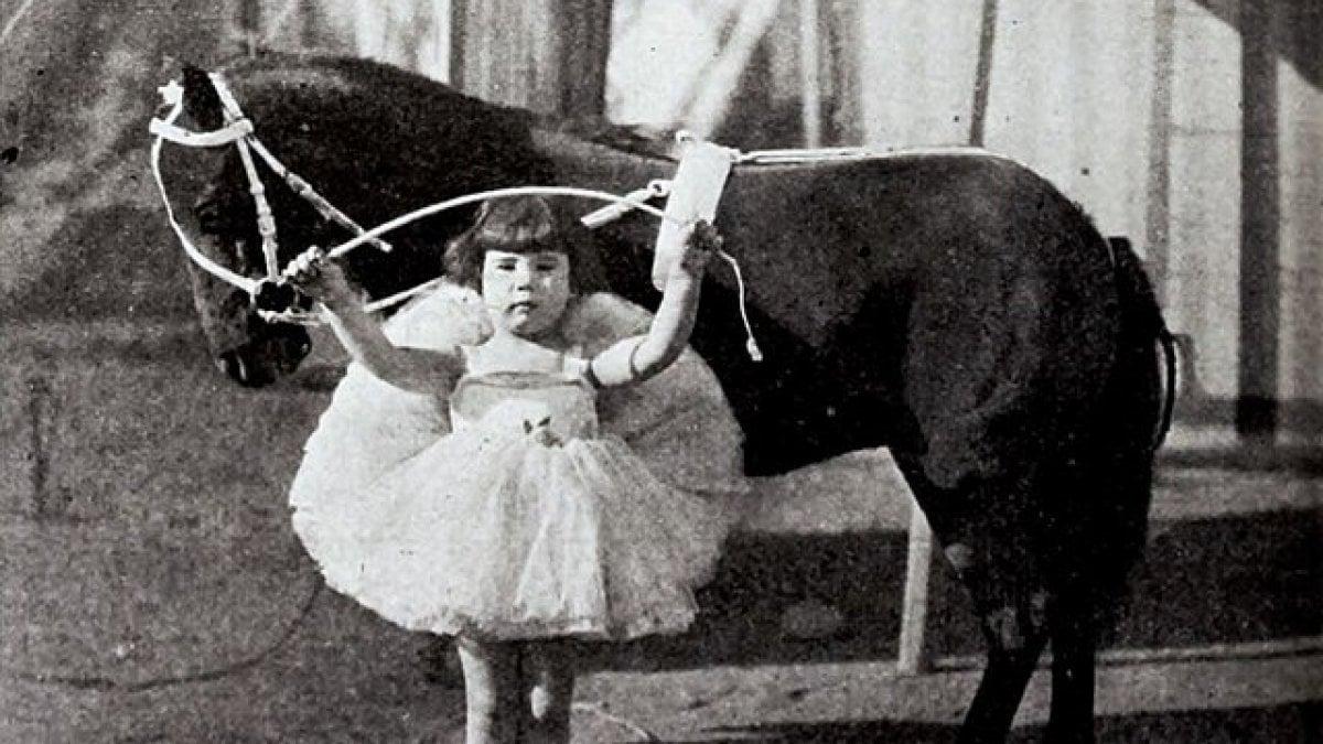 Morta Diana Serra Cary, era l'ultima baby star del cinema muto di Hollywood