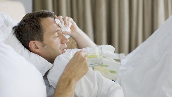 """L'Iss: influenza stagionale e complicanze causano ogni anno 8 mila decessi in Italia. L'esperto: """"Sbagliati paragoni col coronavirus"""""""