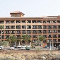 Coronavirus, positivi due italiani a Tenerife. Mille persone nell'hotel in quarantena