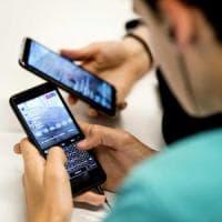 Coronavirus: non si trasmette con lo smartphone