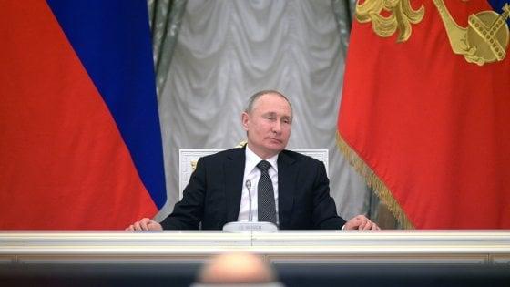 """Putin rivela: """"C'era un piano per sostituirmi con un sosia, ma ho rifiutato"""""""