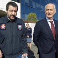 Polizia, un video rubato ed è alta tensione tra Gabrielli e Salvini