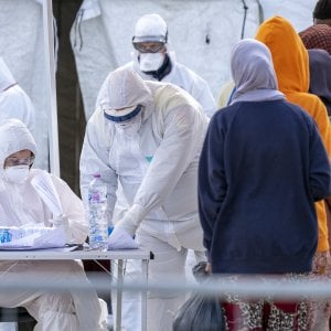 """Coronavirus, la rivolta delle Ong: """"Nessun contagiato,"""
