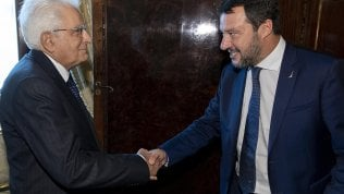 Pd-5S: no al governissimo di crisi. Salvini lo rilancia, ma non con Mattarella