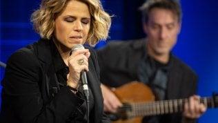 Il mini-live di Tosca a Repubblica da Sanremo a Celentano