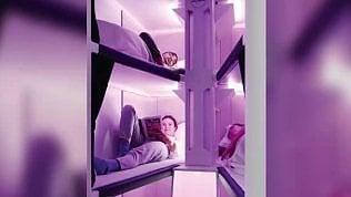 Letti a castello in economy class: arrivano i voli con cuccetta