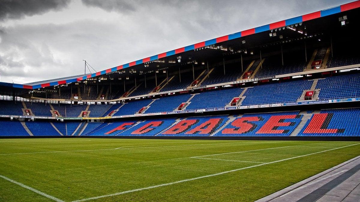 Coronavirus, la Svizzera ferma il calcio: sospesa la Super League