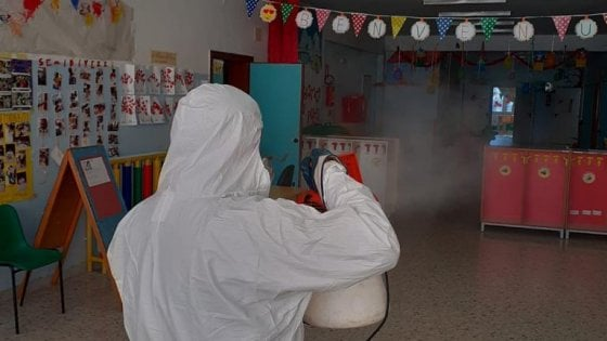 Coronavirus, le scuole restano chiuse: ancora 8 giorni di st