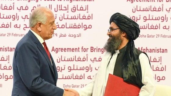 Afghanistan, Usa e Talebani firmano lo storico accordo di pace: ritiro delle truppe entro 14 mesi