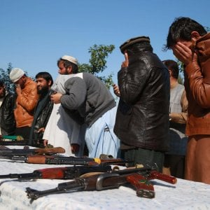 "Afghanistan, ""nessun impegno a liberare i Talebani"""