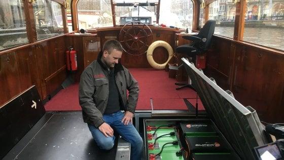 Amsterdam, il giro dei canali è climate friendly: 3 battelli turistici su 4 sono elettrici