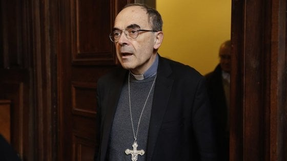 Papa Francesco accetta le dimissioni del cardinale di Lione Barbarin