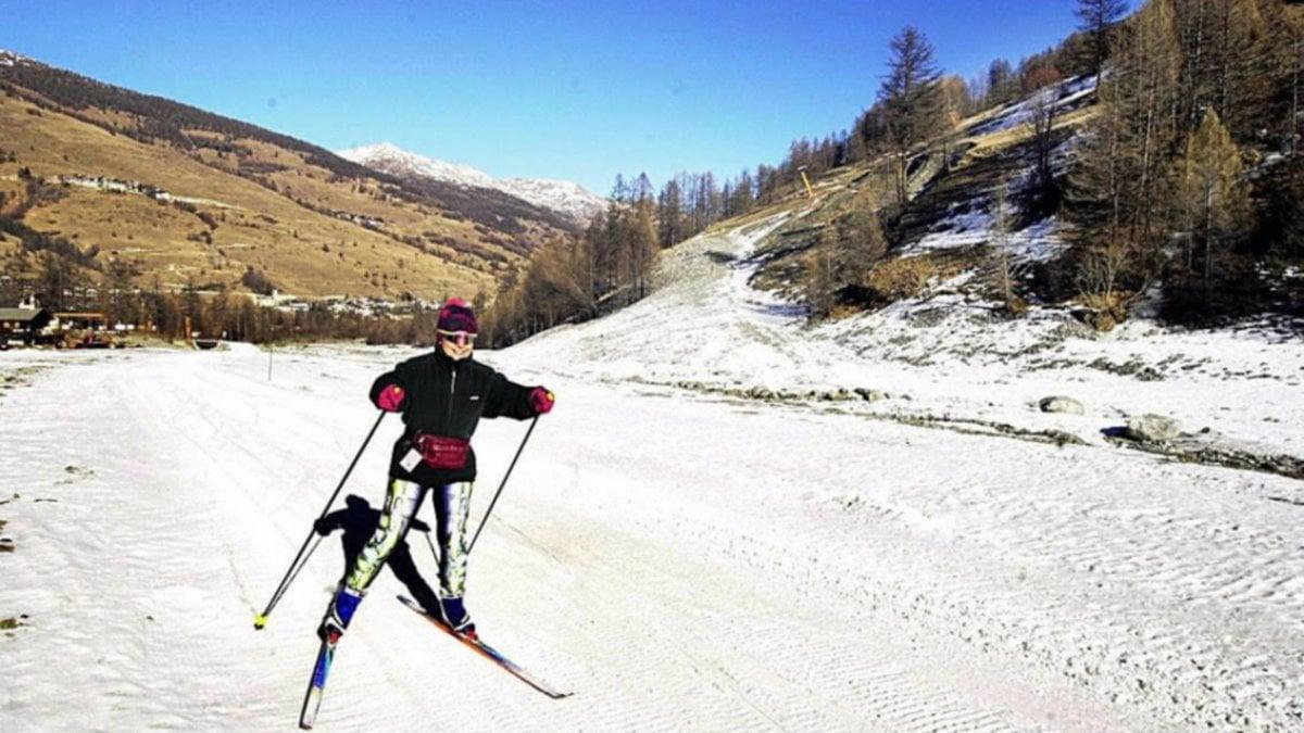 Pareja evade area de cuarentena en Italia para ir a esquiar: los dos dan positivo por coronavirus [it]