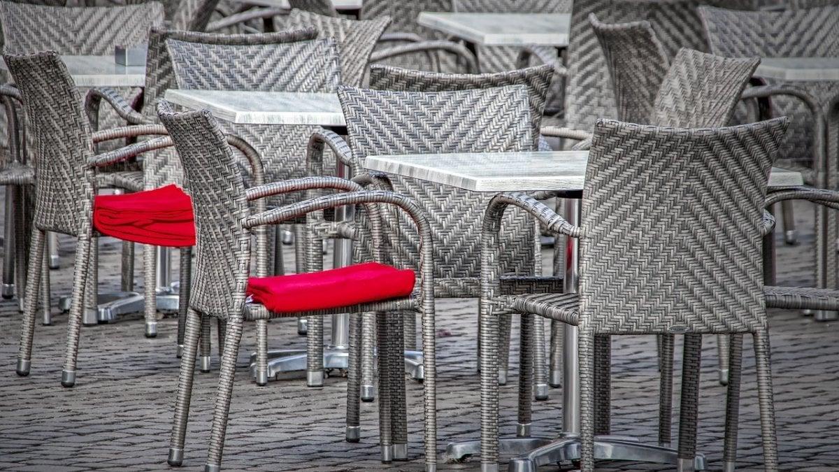 """Cosa Organizzare In Un Bar emergenza coronavirus. bar e ristoranti: """"siamo travolti dai"""