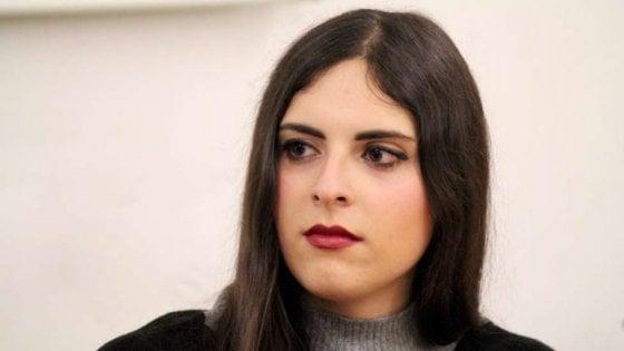 """Poetessa trans ospite su Rai1, Ronzulli (Fi) attacca: """"No in fascia protetta, ora mi aspetto delle scuse"""""""