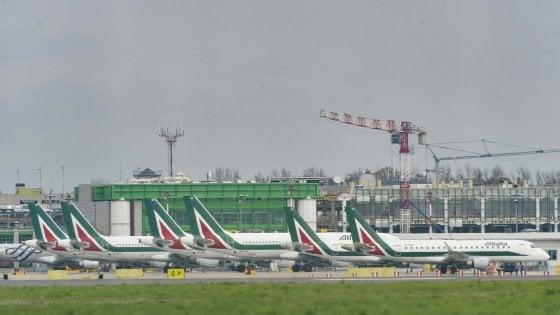 Alitalia, nel decreto coronavirus un nuovo salvataggio: strada spianata verso l'ingresso dello Stato