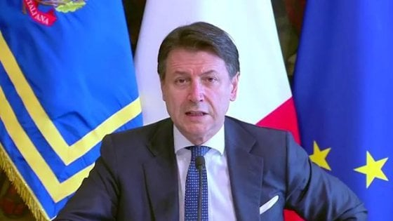 """Coronavirus, il governo vara il decreto """"cura-Italia"""". Conte: """"Siamo un modello, l'Europa ci segua"""""""