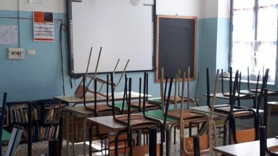Coronavirus, ora le scuole sono chiuse anche per presidi e docenti