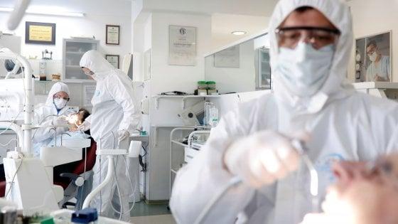 Coronavirus, negli Usa al via test sull'uomo per un vaccino. Ue offre 80 mln a CureVac, possibili test da giugno