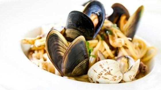 Le 12 ricette di pasta che portano il mare a tavola