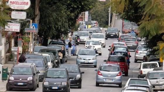 Rc Auto, sospensione dei pagamenti esclusa dal Cura Italia. Ma sale a 30 giorni la validità post-scadenza