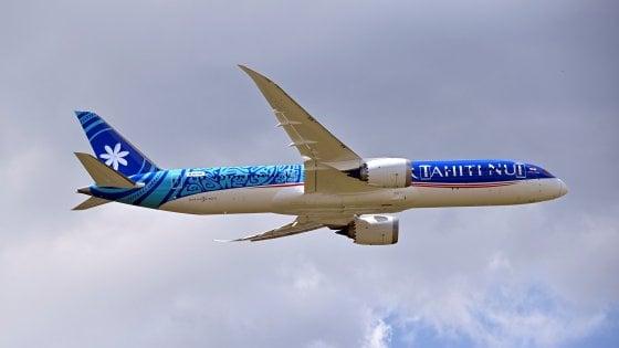 Coronavirus, Usa negano atterraggio a Los Angeles: il Papeete-Parigi, non-stop per necessità, diventa il volo più lungo di sempre