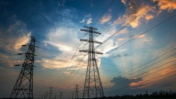 Effetti Covid-19, industria ferma Consumi elettricità e gas in frenata